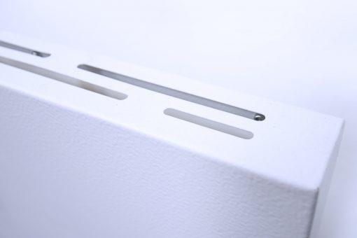 GlasWärmt-Infrarotheizung-Hybrid-weiß-600Watt-600x600x40mm-Light-Detailansicht-2